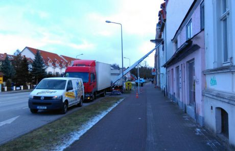 Thietke Umzüge - 2 LKW und Möbellift
