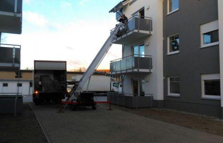 Thietke Umzüge - LKW mit Möbellift 3. Etage 2